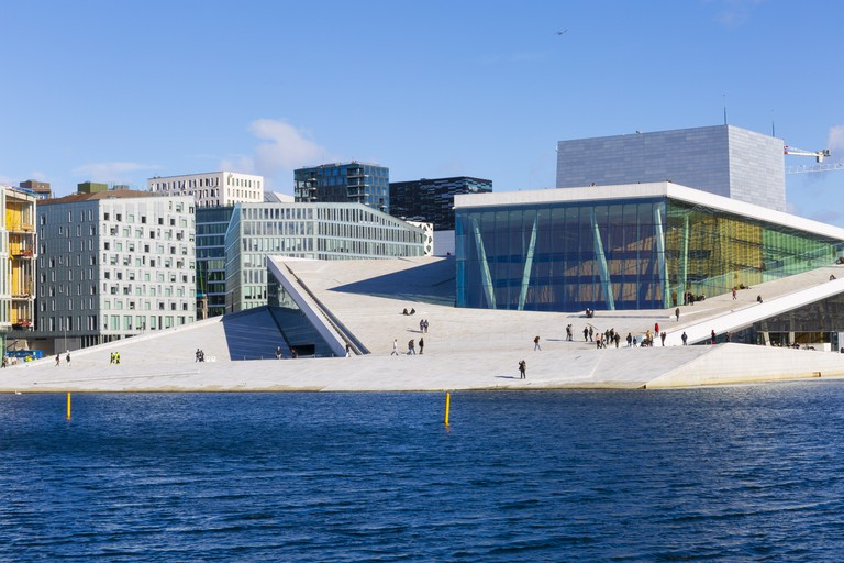 Operaen-sett-fra-havnepromenaden-VO07019- Foto_Didrick_Stenersen