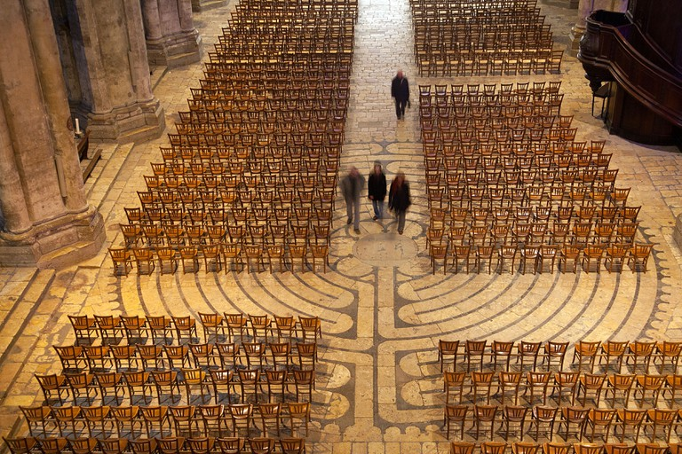 LABYRINTH AND CHAIRS ON THE FLOOR OF CHARTRES CATHEDRAL EURE-ET-LOIR (28) FRANCE