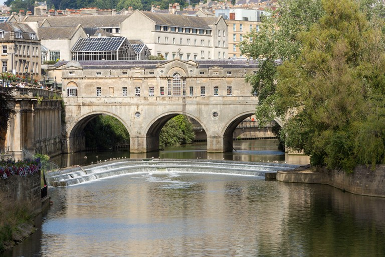 Pulteney Bridge, Pulteney Weir and the River Avon in Bath