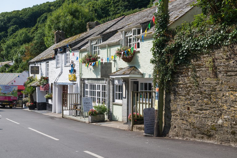 Bed and breakfast establishments in The Coombe, Polperro, Cornwall