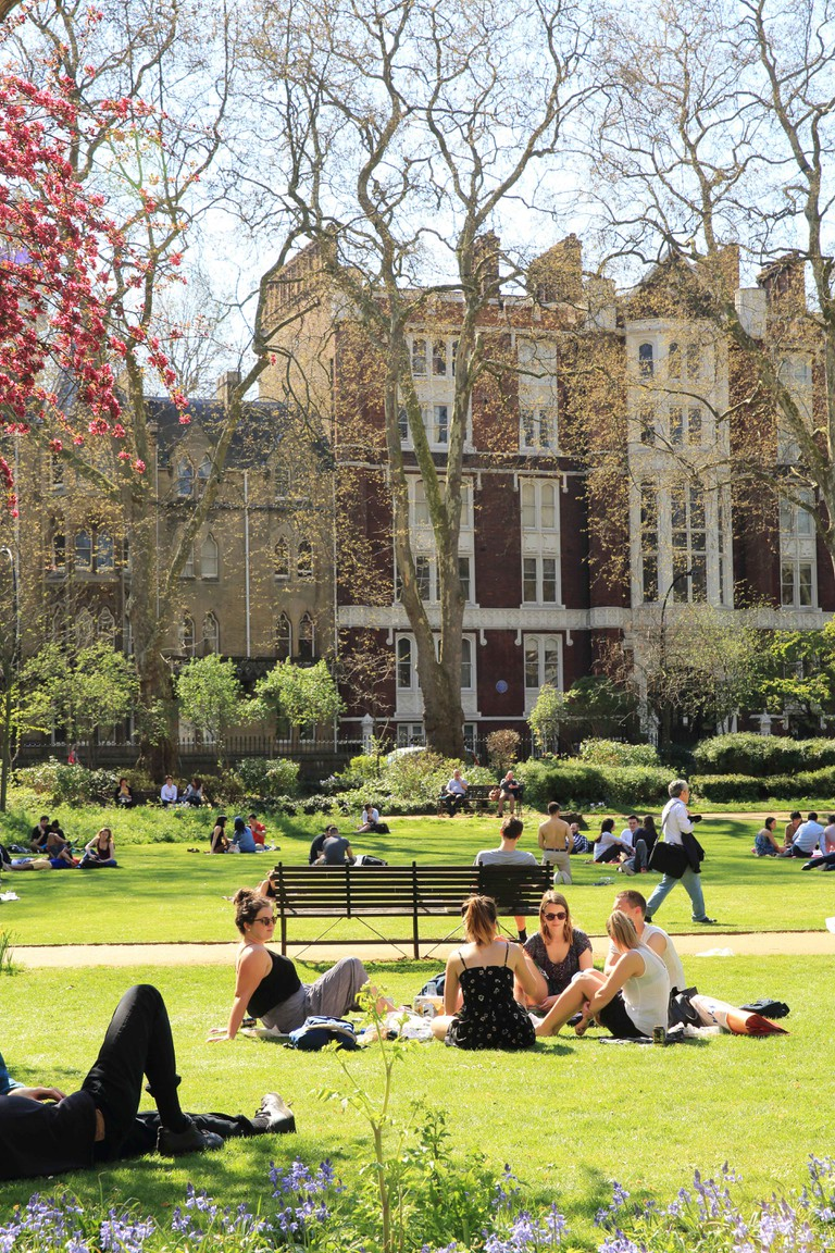 Gordon Square Gardens is part of the Bedford Estate in Bloomsbury, and belongs to the University of London, in the UK