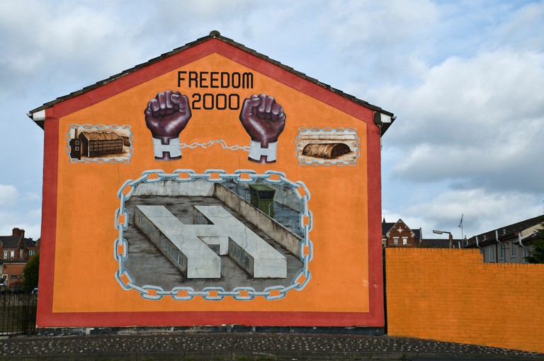 "Loyalist/Unionist mural,  ""Freedom 2000"" featuring ""H Blocks"" at HMP Maze prison"