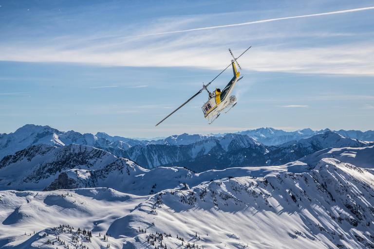 Helicopter, Heliskiing, Selkirk Mountains, Selkirk Tangiers Heli Skiing, Revelstoke, British Columbia, Canada,