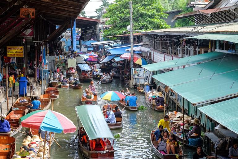Ratchaburi-Thailand JUL 21 2018: Damnoen Saduak floating market, Ratchaburi Province, Thailand