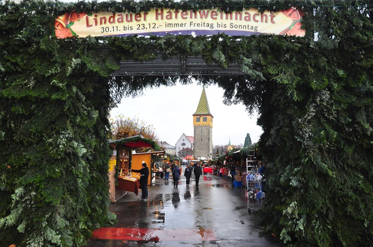 Germany, Bavaria, Lake of Constance, Lindau, harbour promenade, Christmas fair,