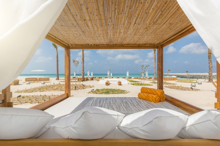 Dubai Nikki Beach 2