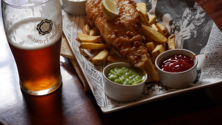 Classic fish and chips/