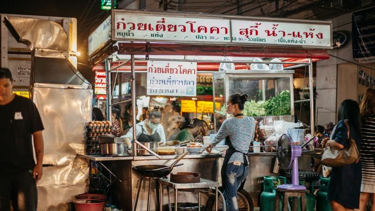 RAW 040-EMIDI- Chang Puak Market, Chiang Mai, Thailand