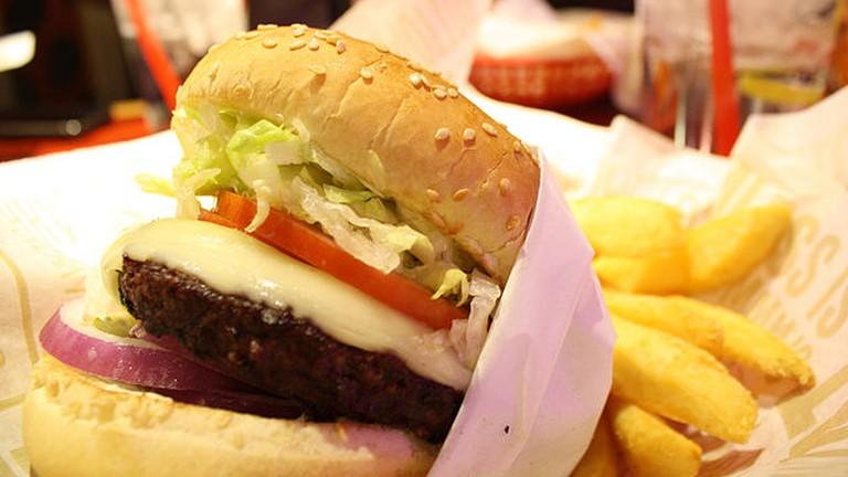 Burger | © Mike Gonzalez/WikiCommons