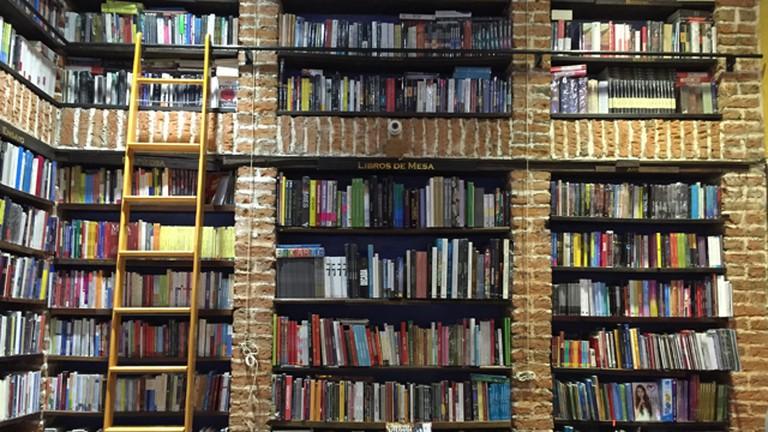 Abaco Libros y Cafe  © Milan Cater