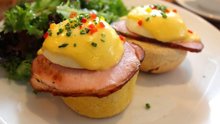 eggs benedict, Sarabeth's