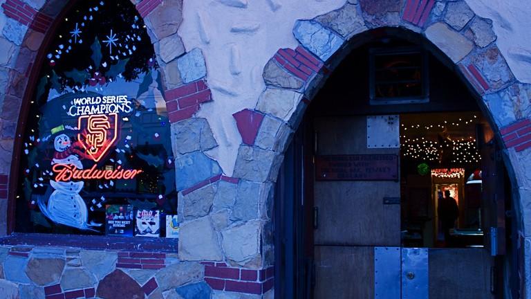 The Peaks Bar Noe Valley