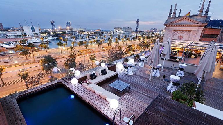 Terrace of the Hotel Duquesa de Cardona   ©Hotel Duquesa de Cardona Barcelona / WikiCommons