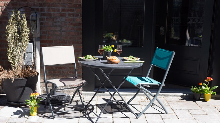 The courtyard at Beacon Pantry