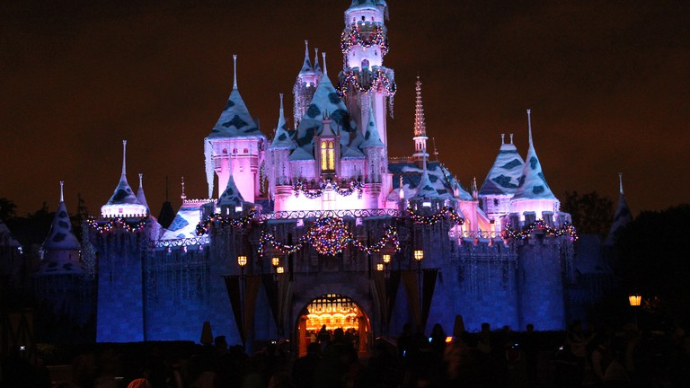 Disneyland Christmas | © davebloggs007/Flickr