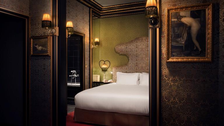 A junior suite at the Maison Souquet │ Courtesy of the Maison Souquet