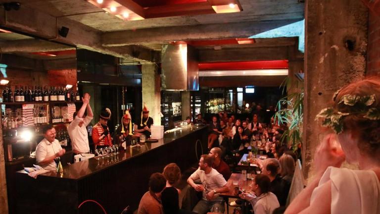 Hawthorne Lounge, Wellington
