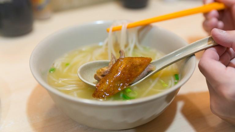 Roast goose in noodle soup