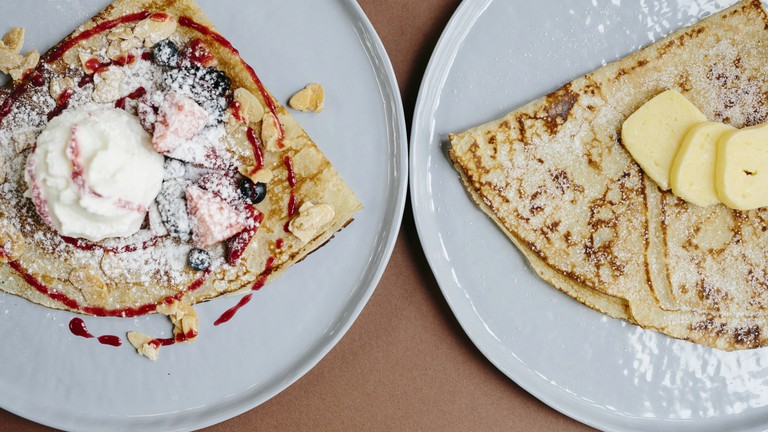 Berries & Butter Sugar Crepe | Courtesy of The Daily Roundup