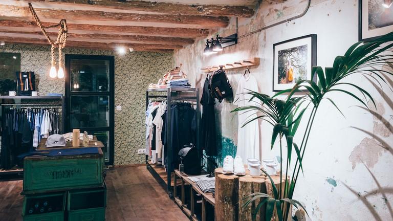 Inside Trait Store