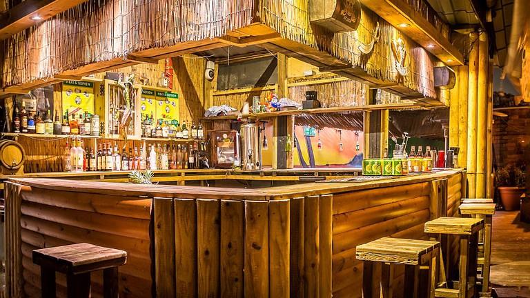 MoTiki bar, Prince of Wales garden