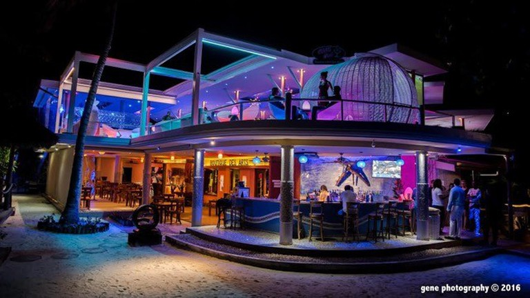 Tapas Bar, the coolest place to relax on Praslin.