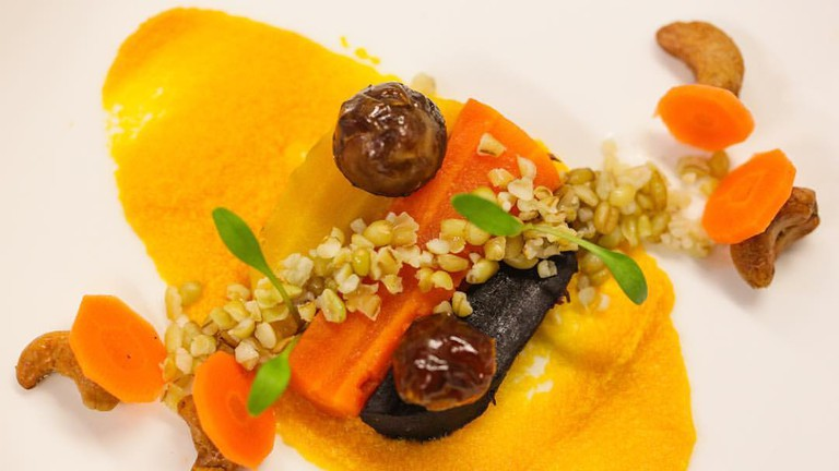 Carrots, Freekeh, dates and cashew