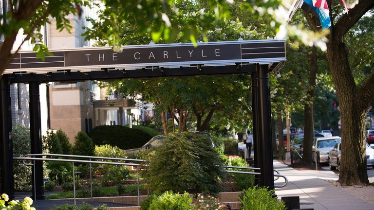 Carlyle Suites
