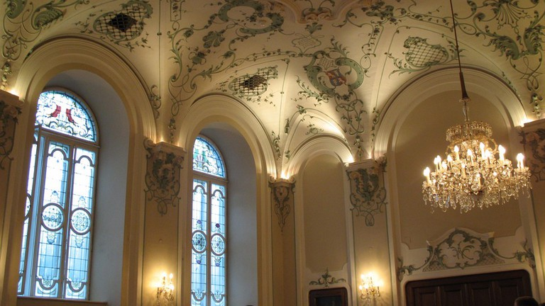 The decorative ceiling of the Stiftskeller