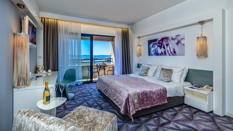 Hotel Luxe | Courtesy of Hotel Luxe
