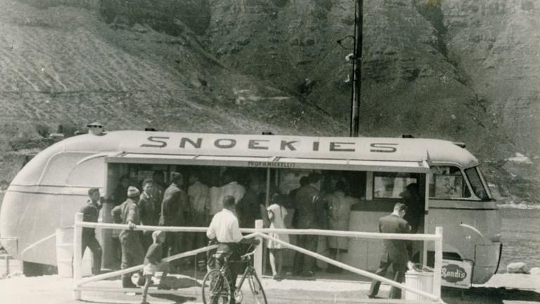 Snoekies Bus, 1951