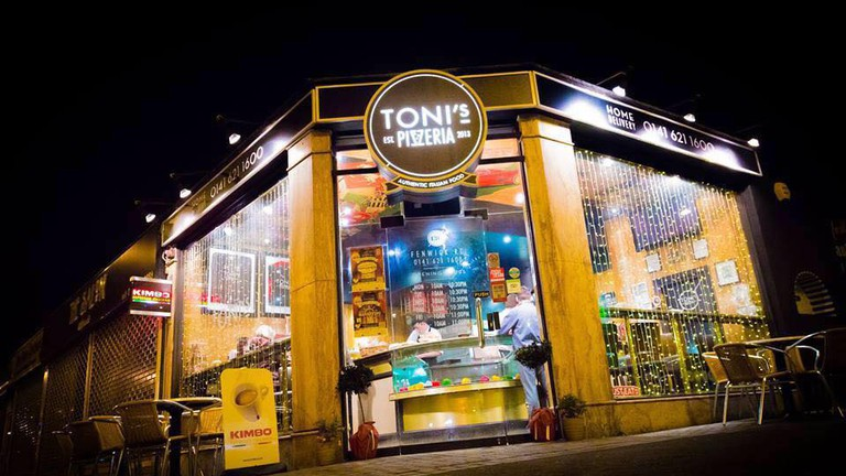 Toni's Shopfront | Courtesy Of Tonis Pizzeria