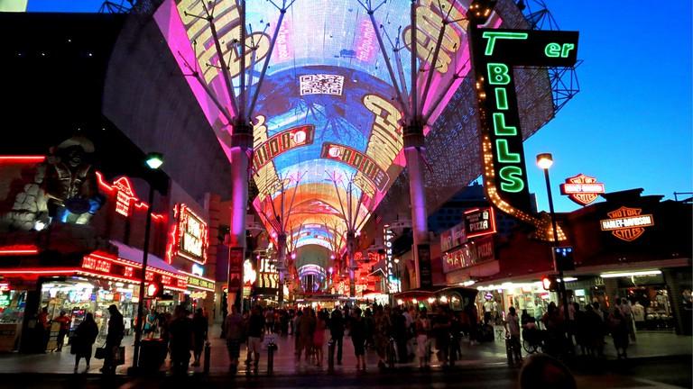 Fremont Street - Las Vegas   © Matthew Straubmuller/Flickr