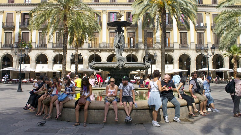 Barcelona's beautiful Pl. Reial © Katherine Price