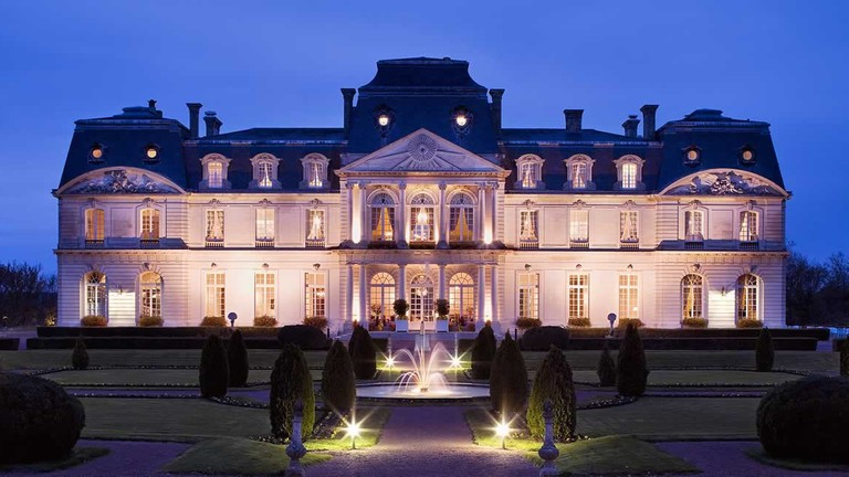 Château Artigny at night