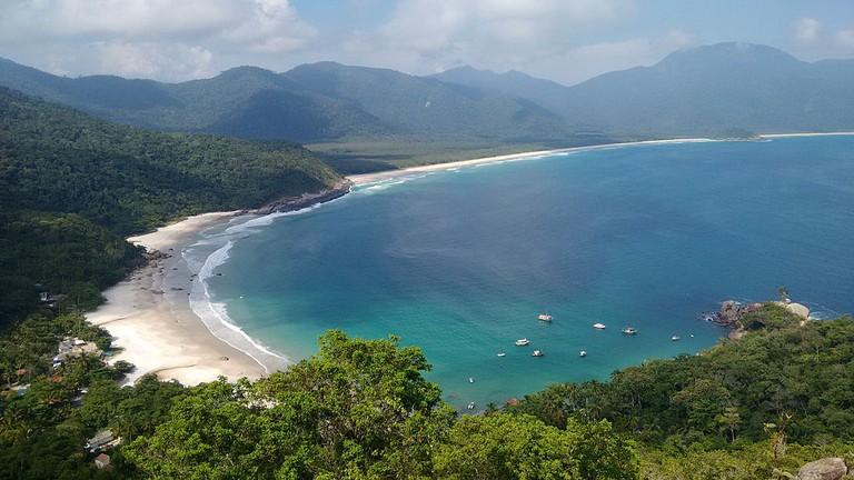 Landscapes at Ilha Grande |©Tatiana Lemos Guapé/WikiCommons