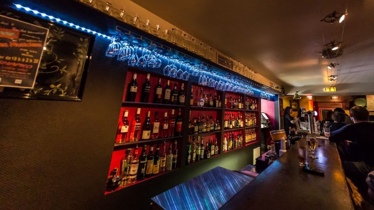 The Shapko Bar in Nice is well known for its love of jazz and blues | © Courtesy of Shapko Bar