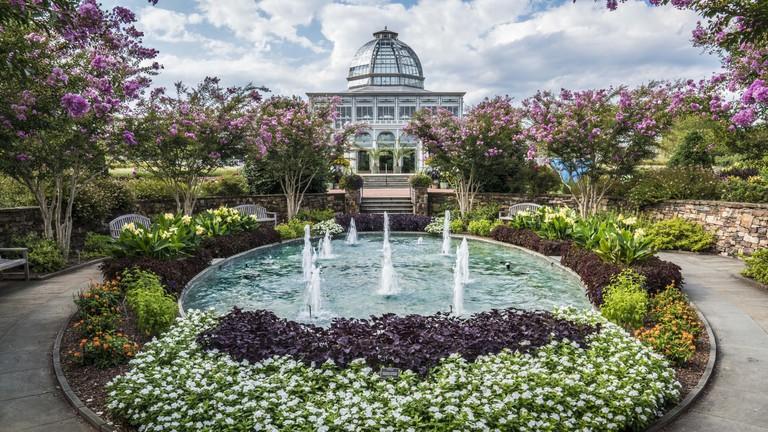 Lewis Ginter Botanical Garden, Lakeside Avenue