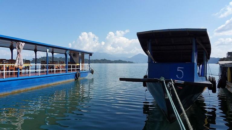Boats on Nam Ngum Lake |