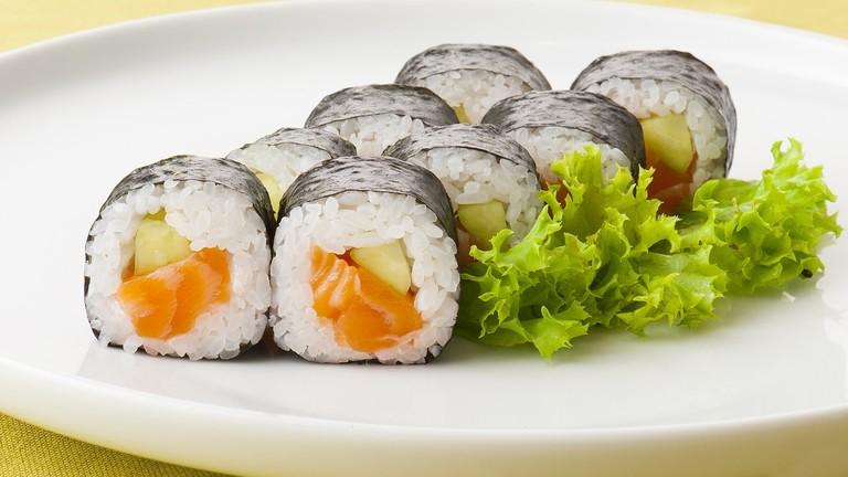 sushi-2363418_1280