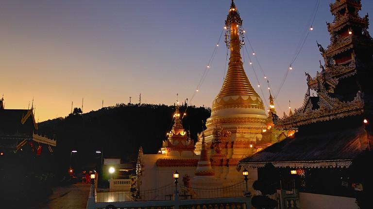 Wat Chong Kham, Mae Hong Son