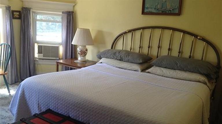 Harbor House Bed & Breakfast, New York