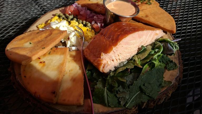 salmon-vail-chophouse