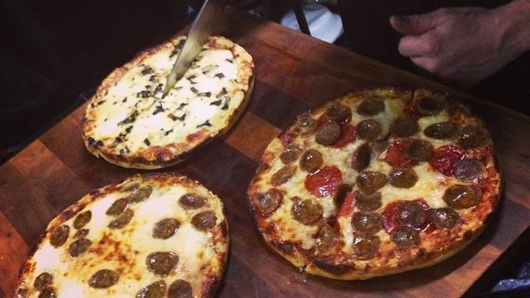 Matthew's Pizza | © danielle_blue/Flickr