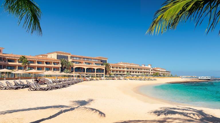 Gran Hotel Atlantis Bahía Real courtesy of Atlantis Hotels and Resorts