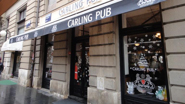 Carling Pub | © Peterjon Cresswell