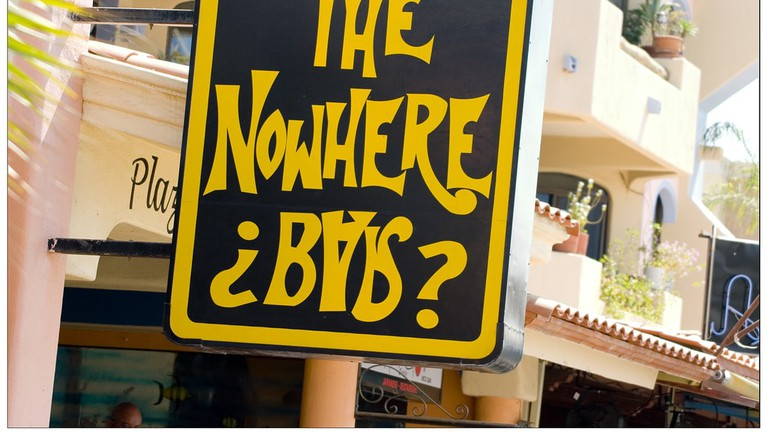The Nowhere ¿Bar?
