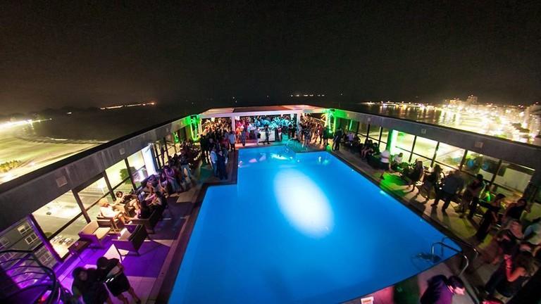 Deck Bar Lounge | Courtesy of Pestana