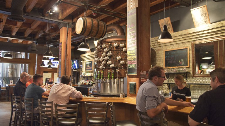 Milwaukee Brewing Company's Ale House | © VISIT Milwaukee