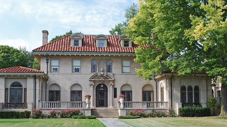 1024px-Berry_Gordy_House_Boston_Edison_Detroit